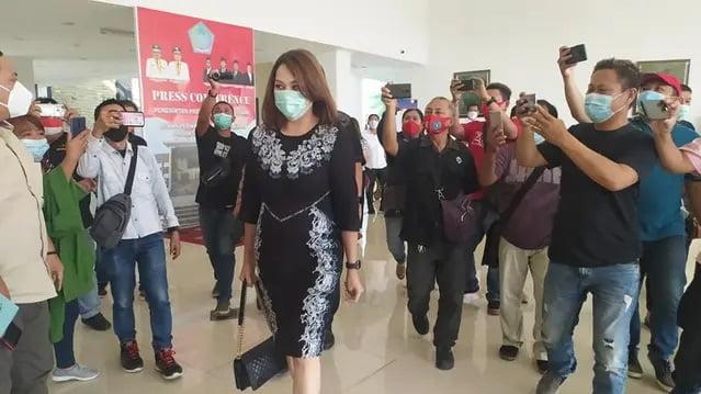 Kesaksian Michaela Elsiana Paruntu Istri James Arthur di Depan Badan Kehormatan DPRD Sulut