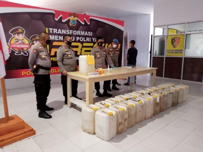 Polres Boltim Gagalkan Penyeludupan Miras Oplosan di Tutuyan